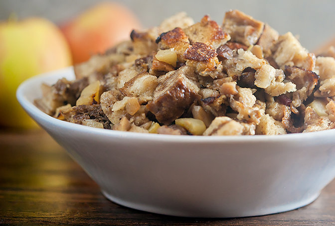 chestnut_and_rye_stuffing_with_jones_bacon.jpg